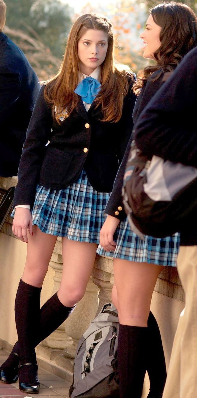 Sexy teen in school uniform Erin Stone denudes tiny tits and fucks № 480027 бесплатно